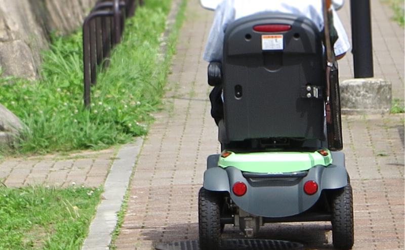 高齢者の移動手段